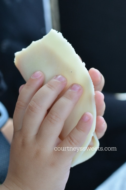 Quick and Easy Toddler Snack for On The Go