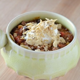 Hearty Beef, Beans and Vegetable Chili Recipe