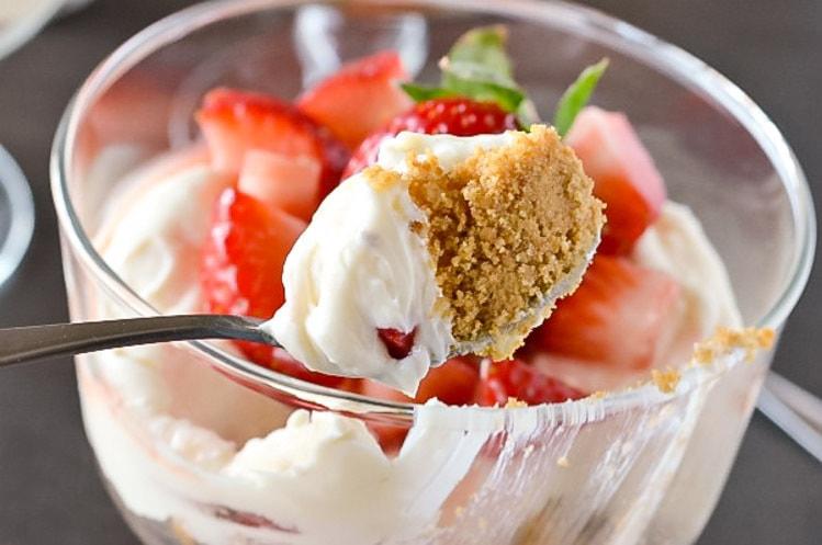 how to make strawberry cheesecake mochi