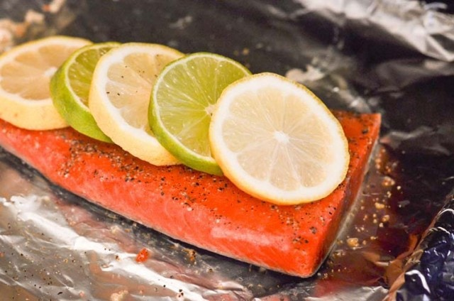 How to Cook Frozen Salmon in the Oven / Alaska Seafood ...