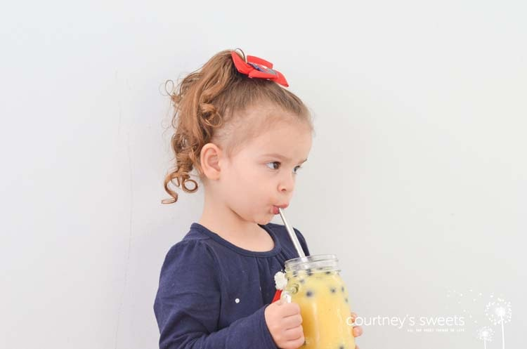 Inside Out Healthy Breakfast Smoothie Recipe that's super easy to make! Simple and delicious recipe for kids in the kitchen. #MiniChefMondays www.courtneyssweets.com