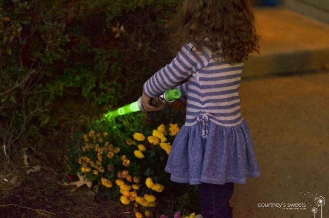 Star Wars Lightsaber at Toys R Us, Power the Force with Durracell Batteries