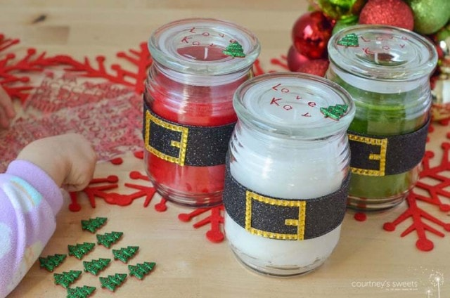 DIY GIft Santa Belt Holiday Candles - Super Simple Last minute holiday gift idea. Save money and make it at home! www.courtneyssweets.com
