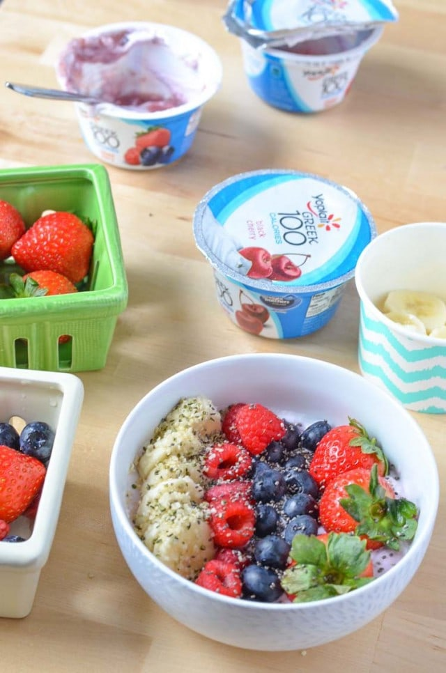 Mixed Berry Yogurt Breakfast Bowl Recipe