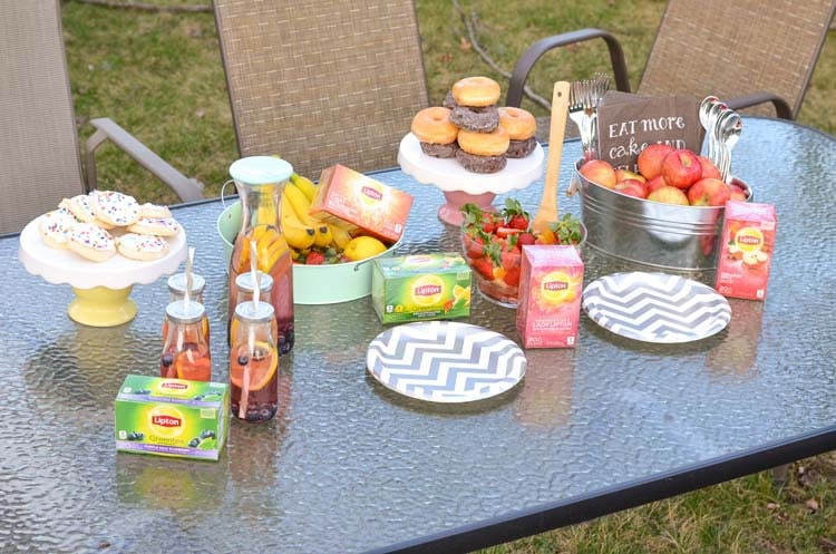 Ready for Spring Tea Party with Lipton - Quick and Easy party, fun for everyone!