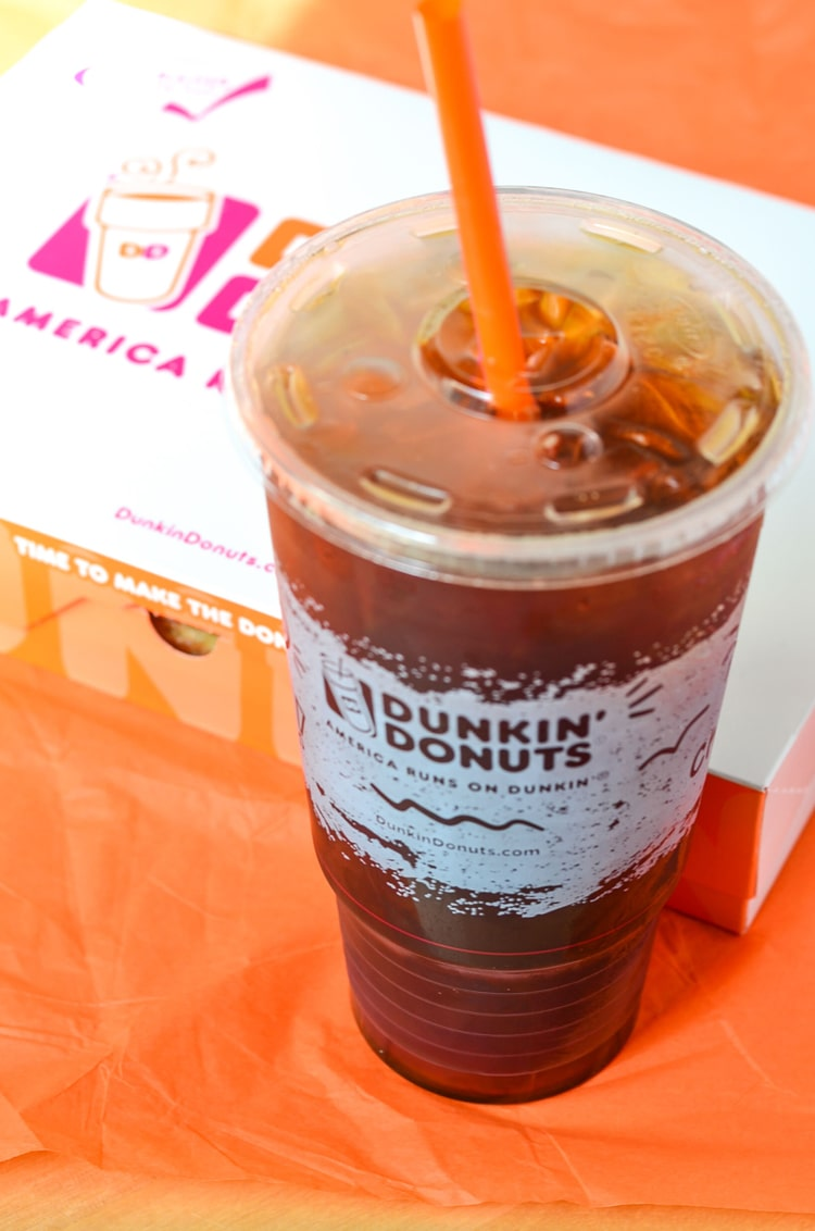 donuts and coffee dating Dunkin' donuts is new england's coffee chain of choice and on the west coast, starbucks is top dog it isn't about which coffee chain is better -- starbucks or dunkin' donuts -- but where.
