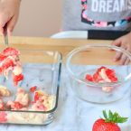 This healthy Strawberry Banana Yogurt Recipe is so super simple to make. You could make it in less than 5 minutes! Great recipe for back to school! Mini Chef Mondays on www.courtneyssweets.com