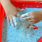 Try our easy slime recipe with cornstarch for a fun allergy free friendly craft! This fun activity uses things you probably have in the house already. Perfect for rainy days and homeschool. Plus we're sharing how we're Free to Be without allergies thanks toall® free clear, an allergy friendly laundry detergent that removes common, everyday allergensfrom your laundry.