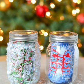 Looking for a simple holiday gift that you can make? Make our DIY Piggy Bank and then stuff it with NJ Lottery Tickets. Easy holiday craft!