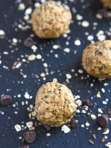 Easy Peanut Butter Balls are simple to make and packed with protein! Great quick and healthy snack for back to school.