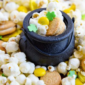 St Patrick's Day Snack Mix Kid Friendly Recipe Mini Chef Mondays cooking with kids series