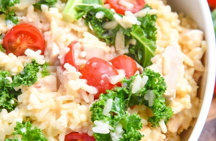 Make this Easy Chicken Risotto Recipe if you want a quick and easy delicious dinner recipe that takes less than 30 minutes to prep and cook!