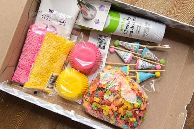 DIY Cupcake Kit Cereal Box Project