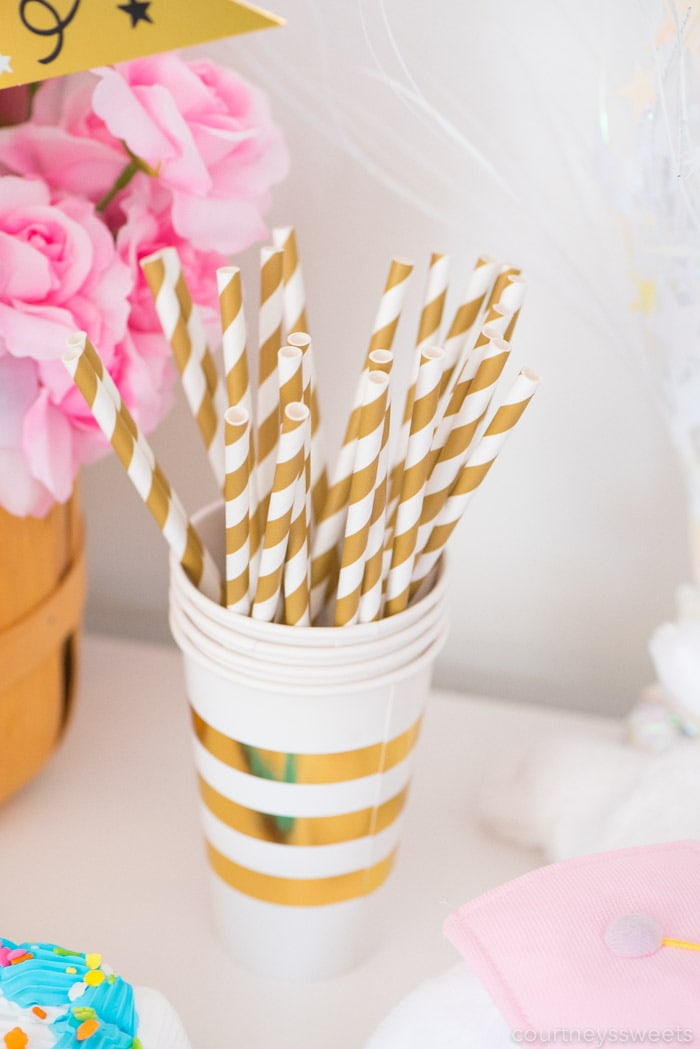easy graduation party straws and cups