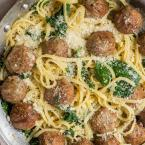 garlic olive oil pasta with meatballs and spinach