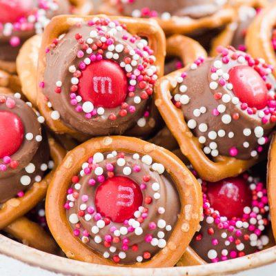 bowl of rolo pretzel bites for valentine's day