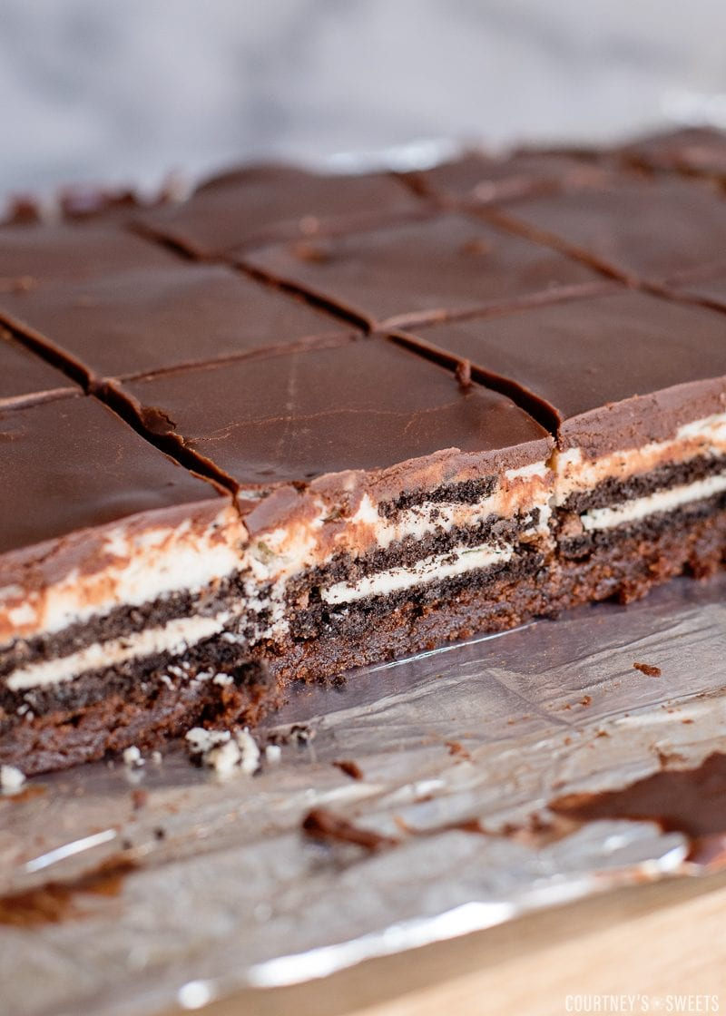 inside sliced layered oreo brownies