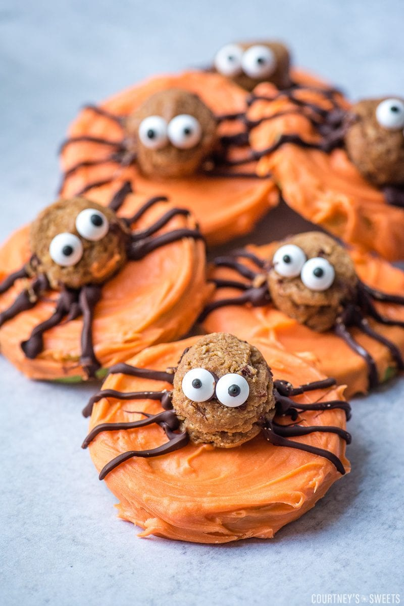 chocolate covered apple slices that look like spiders